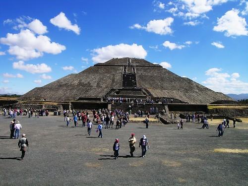 vacation archaeology mexico mexicocity df ruins pyramid aztec teotihuacan trips pyramids mex mixtec azteca piramidedelsol pyramidofthesun archaeologicalsite avenueofthedead mixteca calzadadelosmuertos christmasinmexico mexico2008 districofederal teotihuacanarchaeologicalpark teotihuacanarchaeologicalsite 12292008 mexicotrip2008