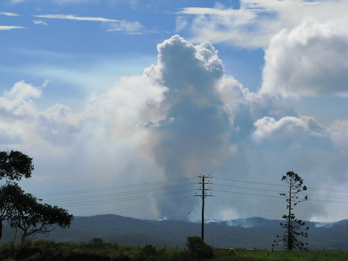 bushfire queensland athertontableland tanetahi