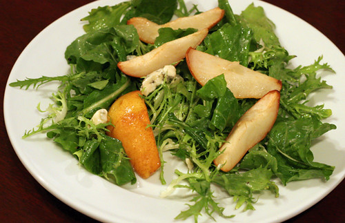 Fall Salad with Pears, Blue Cheese, and Walnut Vinaigrette