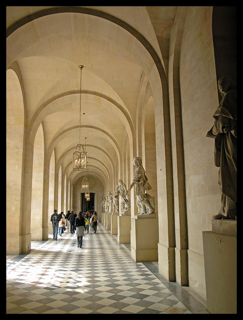 Versailles - stepping into the palace