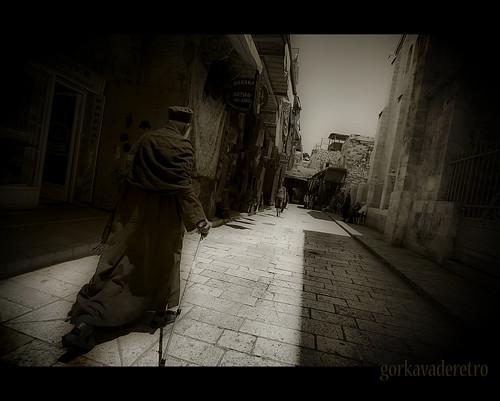 santa street city trip travel people israel calle nikon gente jerusalem holly oriente orient santo gorka palestina jerusalen tierra sagrado d90 mirantes gorkavaderetro