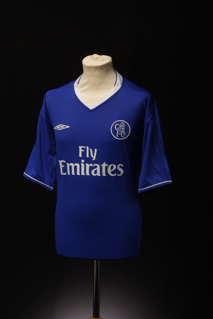 online retailer f334c 20ca4 Chelsea Football Shirt (Home, 2003) | This football shirt is ...