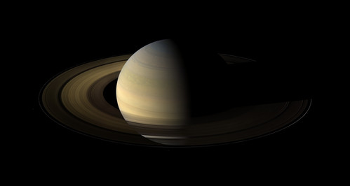 Saturn at the equinox | by thebadastronomer