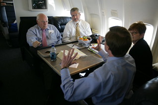 Vice President Cheney Talks with David Addington, John McConnell and Debbie Heiden Aboard Air Force Two