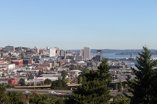 Tacoma skyline from E 34th Street | by SounderBruce