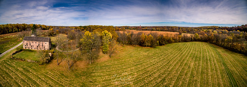 landscape farm barn november trees autumn panorama drone park fall pennsylvania outdoor walnuthillpalwingsfarm valleyforgepark