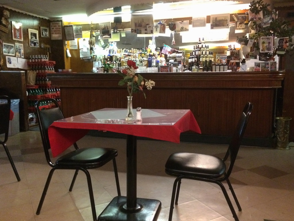Wondrous Sams Restaurant Pizza Cobble Hill Brooklyn Ny New York Re Home Remodeling Inspirations Cosmcuboardxyz