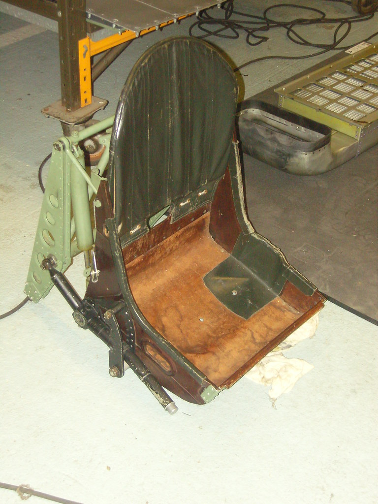 Bbmf Spitfire Pilot Seat Graphed The Battle
