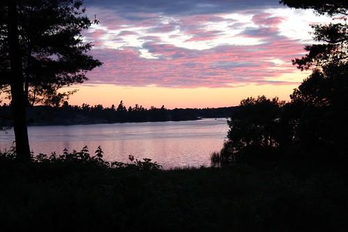 thousandislands sunsetting 1000islands stlawrenceriver chippewabay