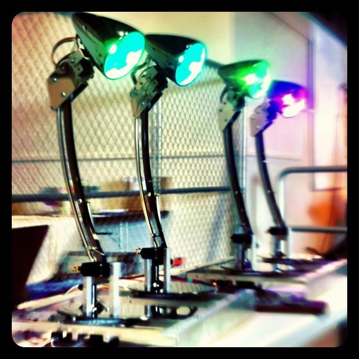 Jon Foote's lamp robots