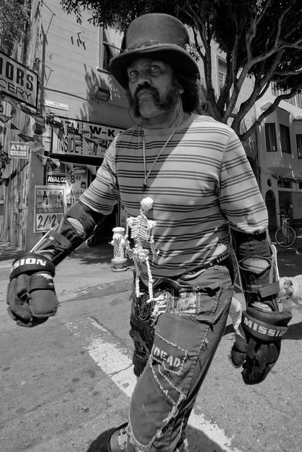 Sunday Streets SF May 2011: tiny boxer