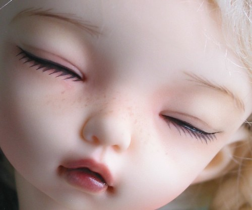 Fairyland Littlefee Bisou Sleeping Faceplate | by Robbin With 2 Bs