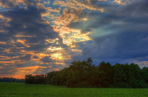 blue sunset sky orange sun green ray farm explore frontpage hdr thechallengefactory