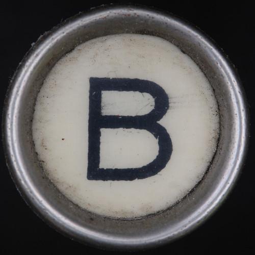 typewriter key letter B | by Leo Reynolds