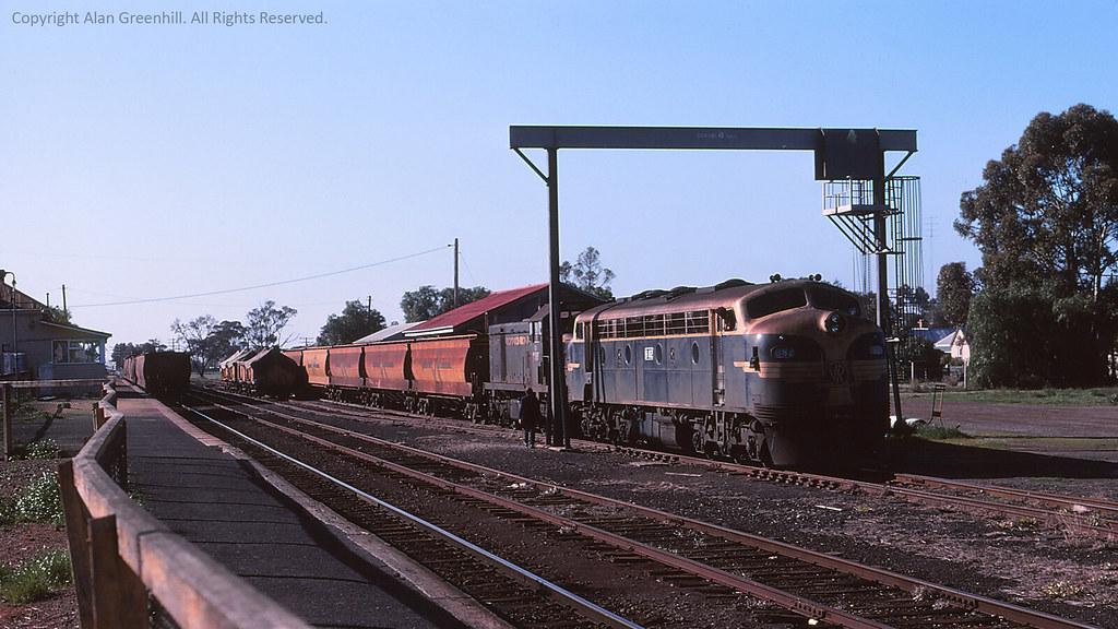 B82 Birchip 1977 by michaelgreenhill