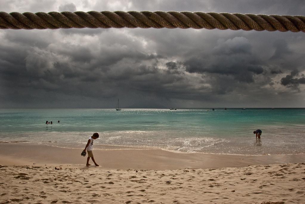 E' in un giorno di pioggia.. che siamo atterrate by lyonora