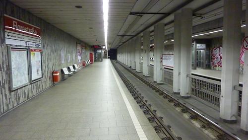 U-Bahn-Station Florastraße | by SurfGuard