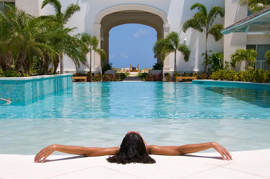West Bay Club >> Infinity Pool At West Bay Club Resort On Grace Bay Beach Flickr