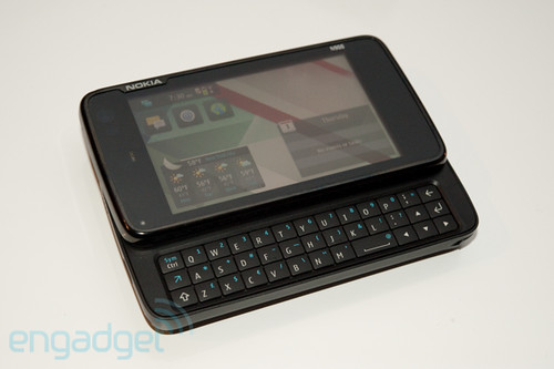 Nokia N900 quick hands-on http://j.mp/2oCWfp | by svartling