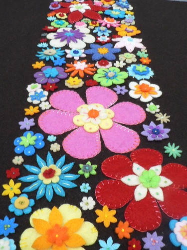 embroidered and appliqued felt flowers | by pompomrouge