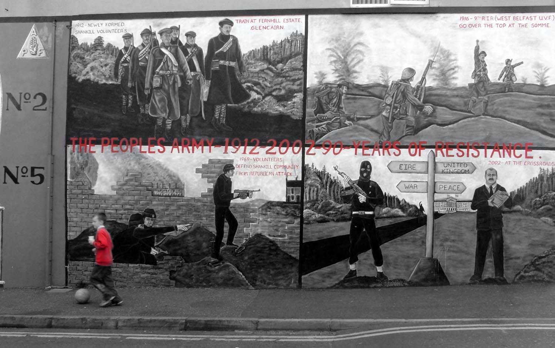 Belfast,Shankill,Road,Shankhill,unionist,britain,soldier,soldiers,paramiliary,peace,war,struggle,black,white,monochrome,BW,toned,red,boy,football,peoples,army,1912,years,resistance,mural,painting,montage,UDF,DUP,hand,defender,defenders,LPA,red hand commando,commando,fight,independence,independance,Protestant,anglican,orange,orangemen,men,NI,n ireland,north ireland,northern,ireland,emerald,isle,Eire,mono,pictures,tonysmith,tony,smith,dark,disturbia,hotpics,hotpic,hotpick,hotpicks,hotpix!,#tonysmithhotpix