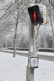 Bonhomme rouge / Red pedestrian | by Marc Lagneau