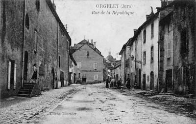 La partie supérieure de la Grand'rue dans les années 1920