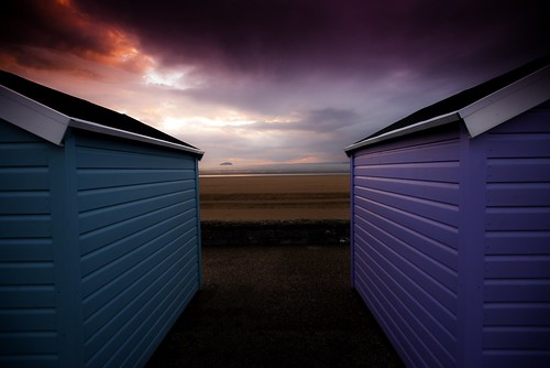 sunset beach island somerset huts westonsupermare steep holm westonseafront