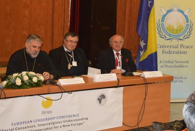 Bosnia-2016-12-15-Bosnians Consider Balkan Consensus