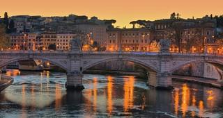 Ponte Vittorio Emanuele II at dusk, Dec 2009 | by Ed Yourdon