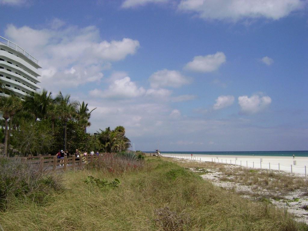 lummus park beach walk & riu hotel, miami beach '09, flori