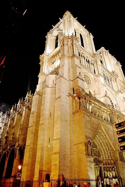 4 - 3 octobre 2009 Paris, la nuit Notre-Dame Tour nord