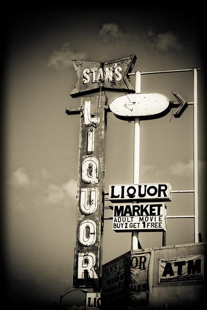 Stan's Liquor