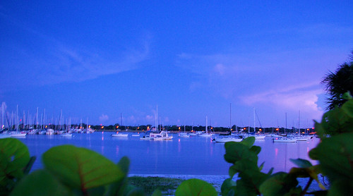 blue sky water night clouds sunrise palms tampa dawn pentax florida clear sailboats davisisland seagrapes k10d smcpda1855mmf3556