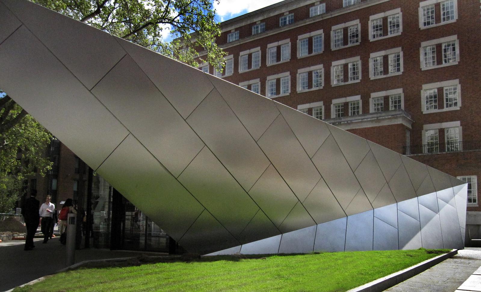 London 417