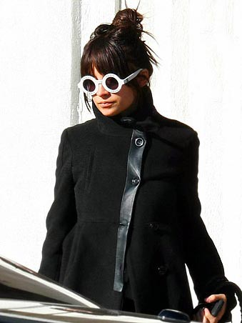 dc16e7a5986e ... Nicole Richie in Round White Chanel Sunglasses at Lunch in West  Hollywood