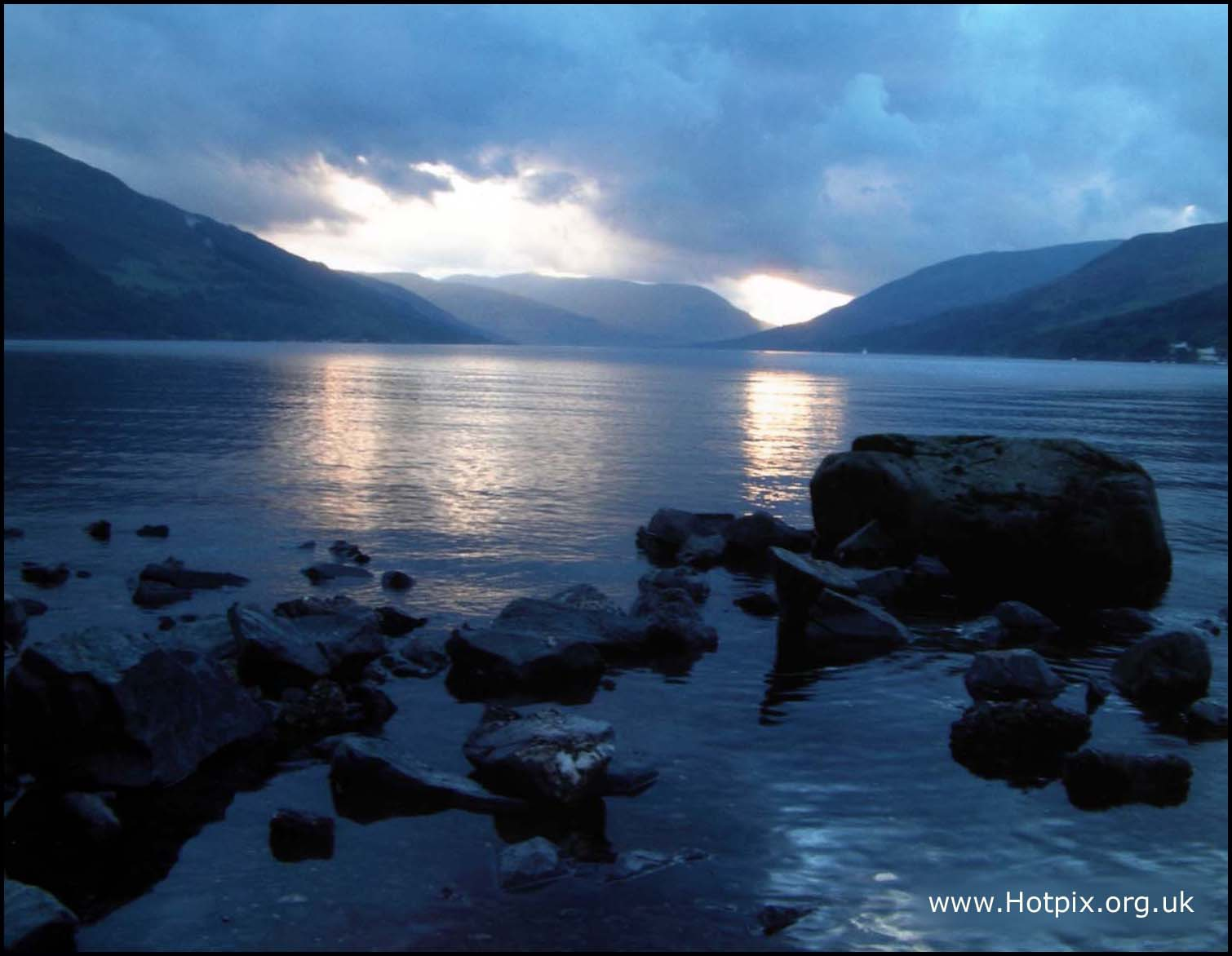 Loch,Earn,Sunset,Scotland,Perth,UK,lake,water,sky,dusk,clouds,blue,rocks,rock,reflection,reflections,Schotland,l'Ecosse,Ecosse,Schottland,\u03a3\u03ba\u03c9\u03c4\u03af\u03b1,la,Scozia,\u30b9\u30b3\u30c3\u30c8\u30e9\u30f3\u30c9,\uc2a4\ucf54\ud2c0\ub780\ub4dc,\u0428\u043e\u0442\u043b\u0430\u043d\u0434\u0438\u044f,Escocia,this photo rocks,tonysmith,tony,smith,noche,nuit,edinbrugh,hotpix!,#tonysmithhotpix