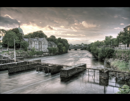 longexposure bridge ireland sunset reflection galway water cathedral hdr rivercorrib canon450d rebelxsi tokina1116mm edmundlim
