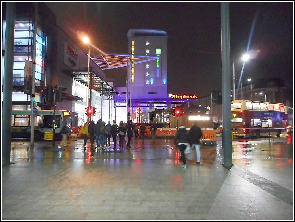 Hull by Night ..