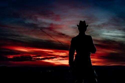 civilwar battlefield color sunset nationalpark exploration pentaxk1 gettysburg war statue explore littleroundtop history k1 pa pennsylvania vibrant park pentax unitedstates us