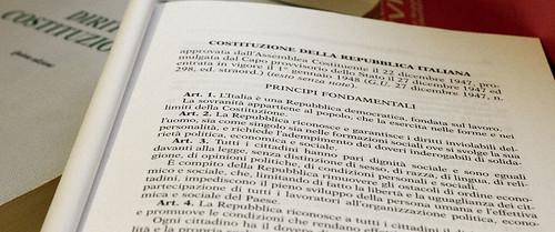 art. 3: Tutti i cittadini hanno pari dignità sociale e sono eguali davanti alla legge | by medapapandreu