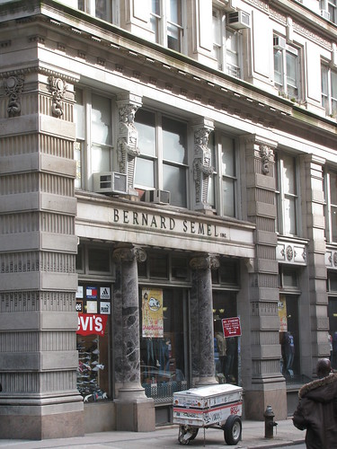 Bernard Semel Building | by edenpictures