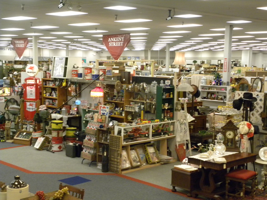 Overview Of The Mall Ohio Valley Antique Mall Flickr