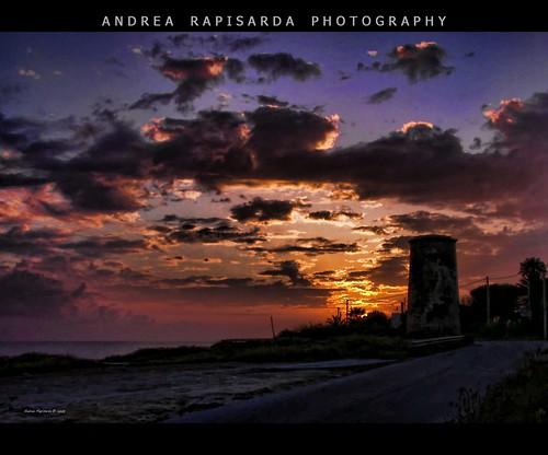 sunset sky italy clouds geotagged italia tramonto nuvole cielo sicily sicilia campobellodimazara rapis60 andrearapisarda vosplusbellesphotos ~~api~~ geo:lat=37566895 geo:lon=1266243