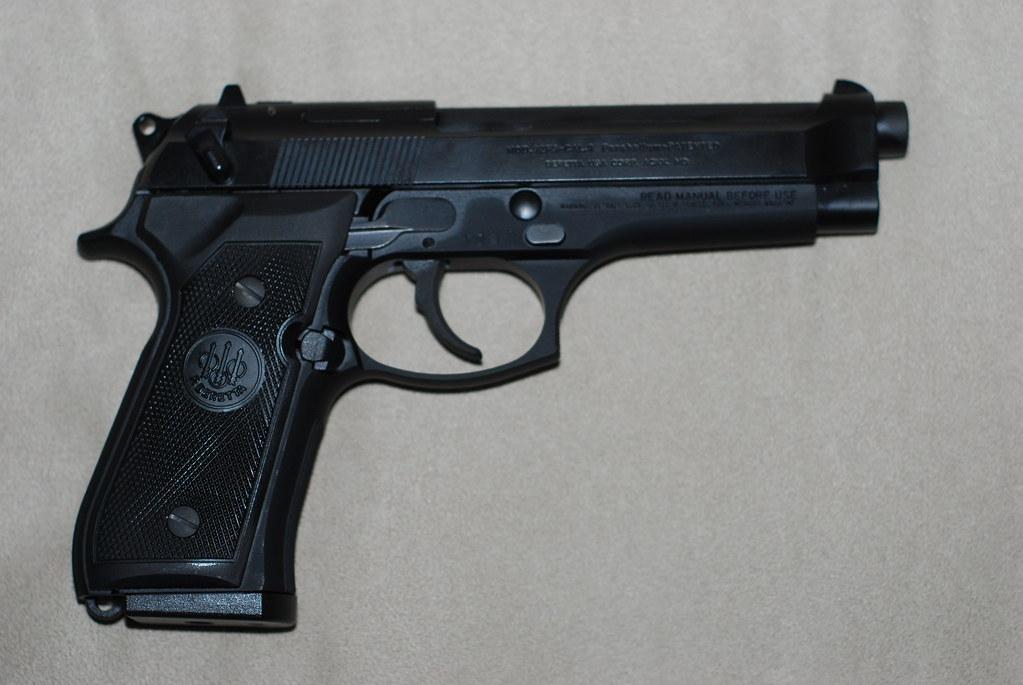 Beretta 92FS 9mm | New toy I picked up today :D | Matt Garza