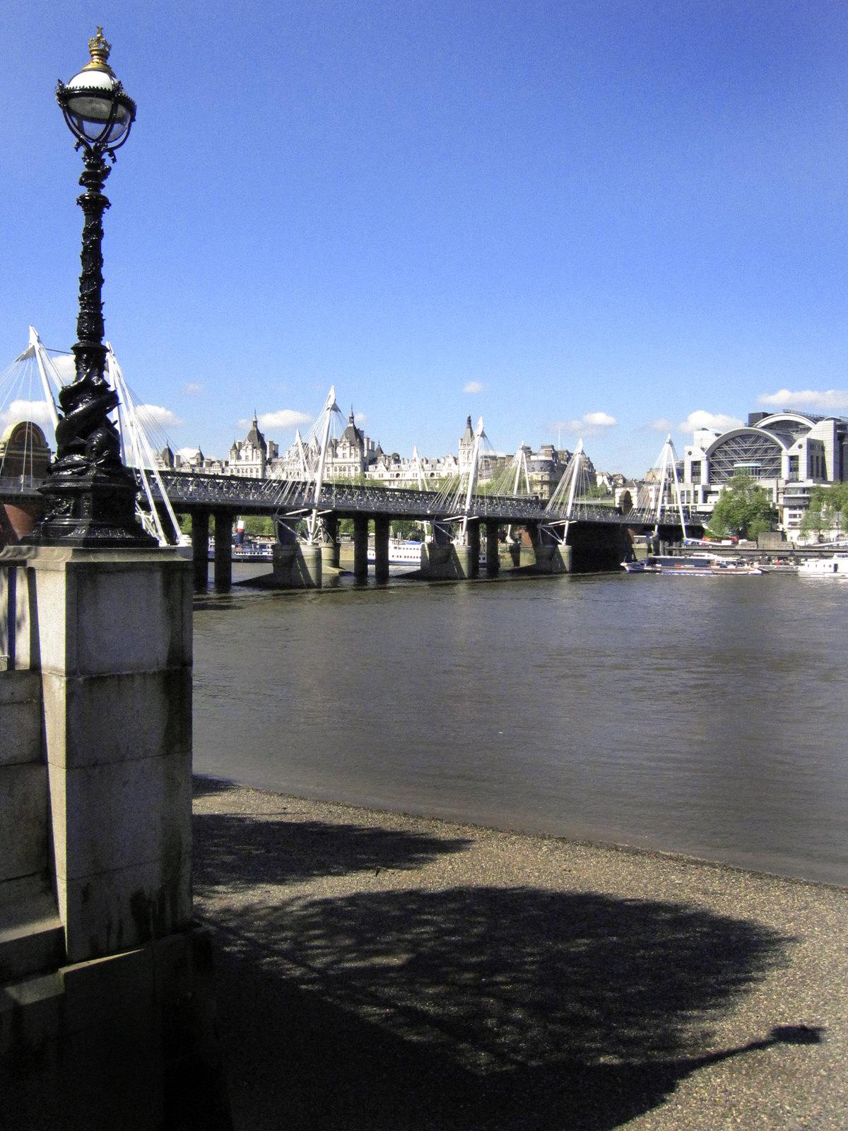 London 332