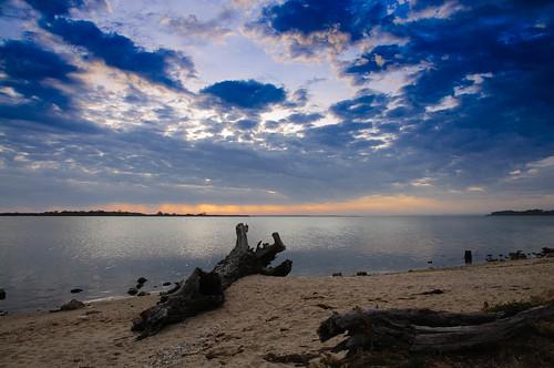 sunset beach water clouds sand geocity exif:iso_speed=200 exif:focal_length=16mm camera:make=nikoncorporation camera:model=nikond90 exif:make=nikoncorporation geostate geocountrys exif:model=nikond90 exif:lens=160850mmf3556 exif:aperture=ƒ10 geo:lon=14785653833333 geo:lat=37896876666667