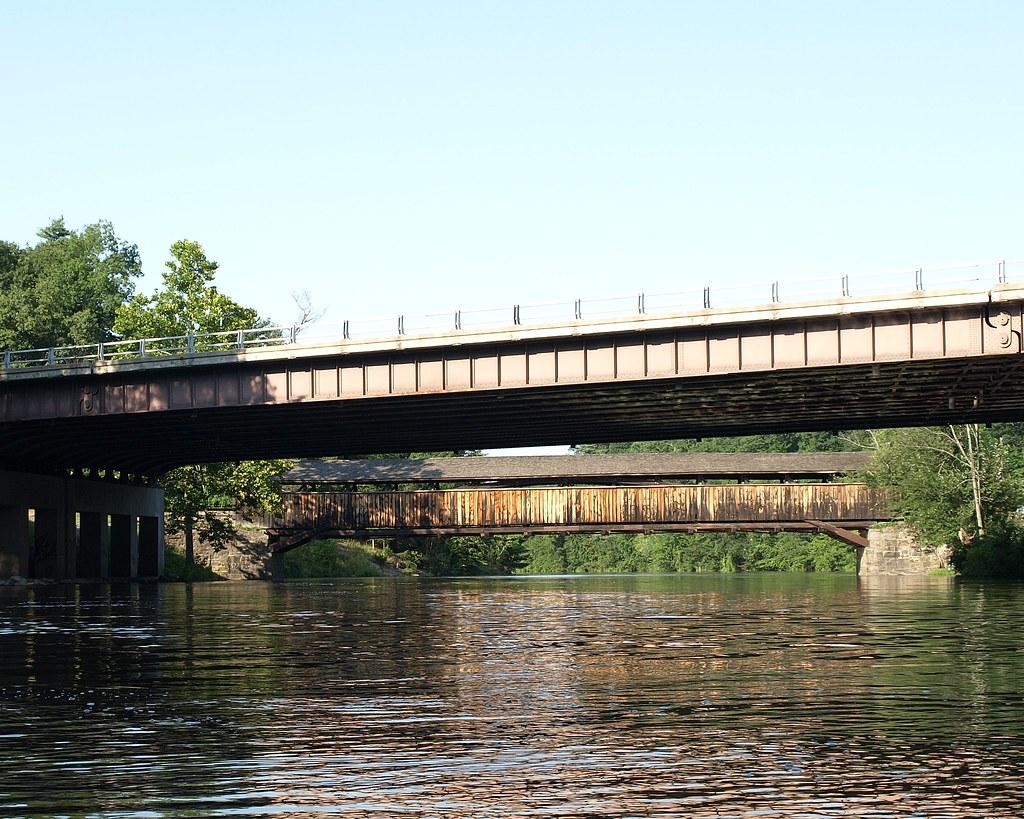 New York State Thruway (I-87) Bridge over Wallkill River, … | Flickr
