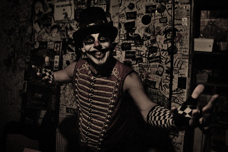 interview_2016-10-31_Heartache Circus