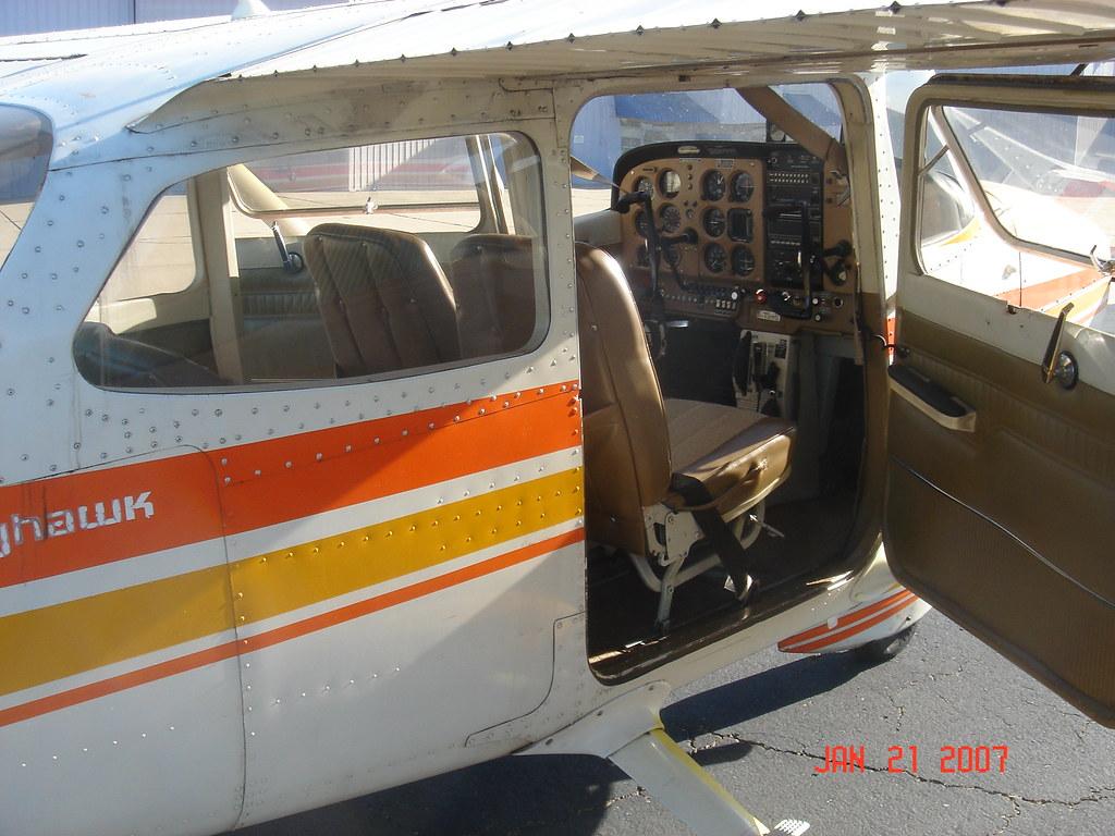 Cessna 172 Interior 016 | Mark Sullivan | Flickr